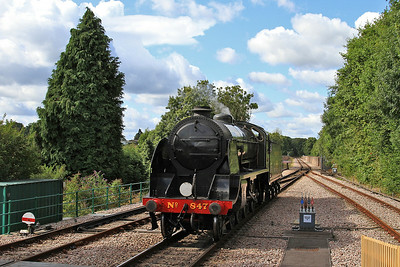 30847 running round at East Grinstead - 23/08/14.