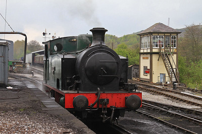 HC 1731/1942 'S.Fox & Co. Ltd No.20' / 'Jennifer' stands at Embsay awaiting its first turn of the day  - 04/05/14.