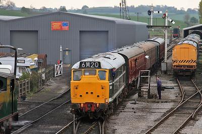 D5600 (31179 / 31435) arr Embsay, 10.00 Bolton Abbey-Bow Bridge  - 04/05/14.