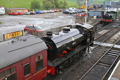RSH 7086/1943 '68005 / Norman', Embsay, 10.30 to Bolton Abbey  - 04/05/14.