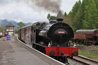 RSH 7086/1943 '68005 / Norman', Bolton Abbey, 11.30 to Embsay  - 04/05/14.