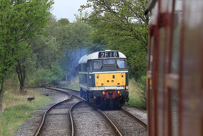 D5600 (31179 / 31435) running round at Bow Bridge loop - the Grassington / Rylstone line can just be seen in the background …… plan is to reconnect to this line at some point and run into Skipton  - 04/05/14.
