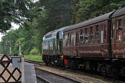D306 (40106), Holt, 2C03 09.15 to Sheringham - 14/06/14.