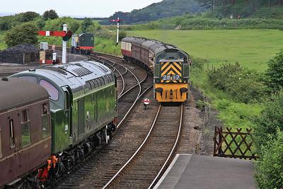 D306 (40106), Weybourne, 2C03 09.15 Holt-Sheringham - D9531 arrives on 1M06 09.26 Sheringham-Holt - 14/06/14.