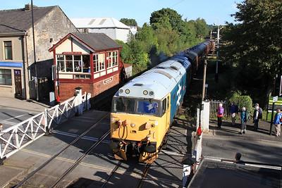 50015 arr Ramsbottom, 2J56 09.43 Rawtenstall-Heywood - 27/09/15.