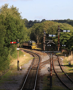 D9531 in the sidings at Ramsbottom, ECS for 2E34 11.47 to Bury - 27/09/15.