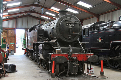 42085 in the shed at Haverthwaite - 15/07/15.