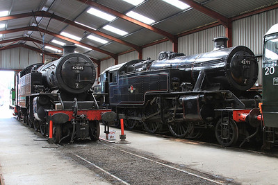 42085 & 42073 in the shed at Haverthwaite - 15/07/15.