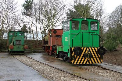 R&H 35302/1951 / TH 188C/1967 (ex CEGB) / HC 750/1906 (Ex NCB Kiveton Park) in the standard gauge sidings - 28/03/15.