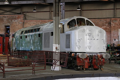 40012 inside the roundhouse at Barrow Hill, rubbed down and partially undercoated in preparation for a much needed repaint - 17/08/16.