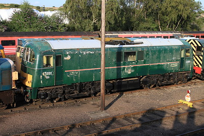 71001 in the yard at Barrow Hill - 17/08/16.
