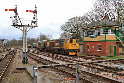 20901 + 20905 replacing 47739 on the 10.15 East Grinstead-Sheffield Park at Horsted Keynes - 16/04/16.