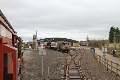 Arriving back at the Museum station platform - 24/01/16.