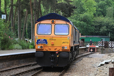 66772 running round at Holt - 11/06/16.