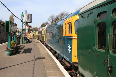 33012 + 33201, Swanage, 2N08 10.45 to Norden - 06/05/16.