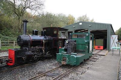 HC 1238/1916 'Ashanti Goldfields Corp (Ghana) No.9', & MR 11142/1960 '13, The Pilk', outside Apedale loco shed - 28/10/17