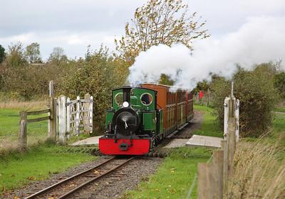 ESR 312/2003 'St. Egwin' leaving Twyford, 15.00 to Evesham Vale - 28/10/17