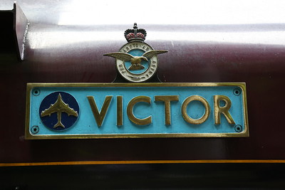 WB 2996's Splendid 'Victor' nameplate complete with outline of the famous V-bomber - 29/07/17
