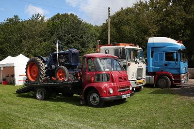 Vintage lorries and tractors n'shit - 16/09/17