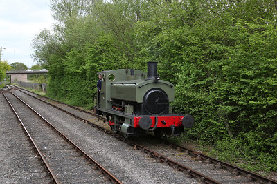 Grant Ritchie 272/1894 running round at the exchange sidings - 06/05/17.