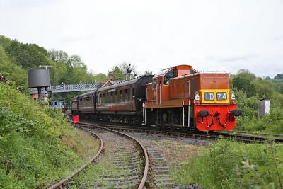 D9551 dep Highley, 10.30 Bridgnorth-Kidderminster - 19/05/17.