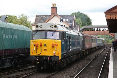 50008 (33035 rear), Bewdley, stabled in between working Kidderminster shuttles - 19/05/17.