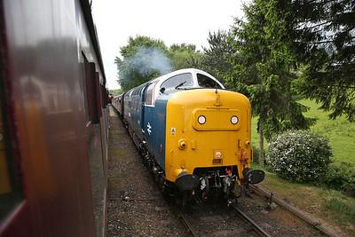 55022, running as long-lost classmate 55018, arr Hampton Loade, 09.55 Kidderminster-Bridgnorth - 19/05/17.