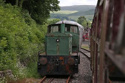 YE 2952/1965, No.305, (ex-Corus, Workington), stored at Kirkby Stephen East - 25/06/17.