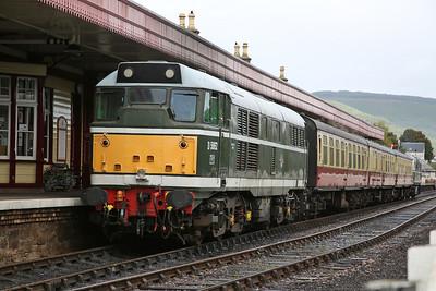D5862 (31327) , Aviemore, on rear of 13.35 to Dulnain Bridge - 24/09/17