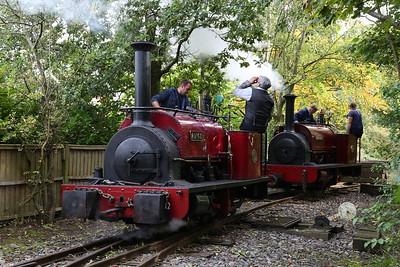 HE 542/1891 'Cloister' & HE 780/1902 'Alice', Delph, running round - 24/09/17