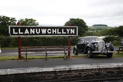 Ivo Peters' Bentley, NHY 581, on display at Llanuwchllyn - 16/06/18