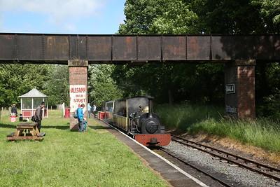 HE 364/1885 'Winifred', Bala, 15.50 to Llanuwchllyn - 16/06/18