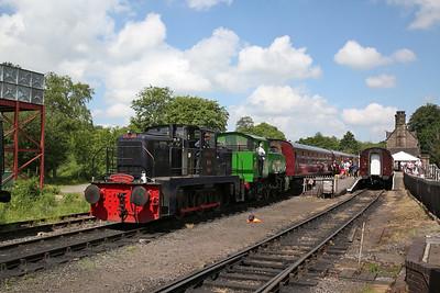 YE 2748/1956 (No.6 'Robert H Bennett') + TKh 2944, Cheddleton, 11.10 ex Kingsley & Froghall via Leek Brook - 03/06/18