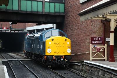 40012, Bury, running round - 09/06/18