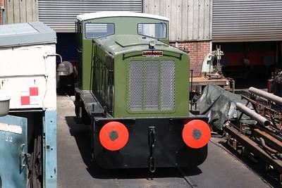 RH 423661/1958 (ex-Rowntree, York), Rolvenden loco shed - 28/05/18