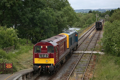 20189 & 20142 run LE through Butterley - 17/06/18