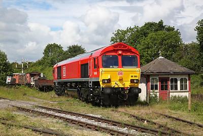 66065, Swanwick Jctn., awaiting next turn - 17/06/18