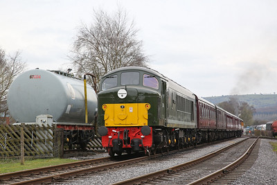 44008, Rowsley South, on rear of 15.56 to Matlock - 08/04/18