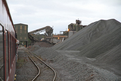 The tour sits at the end of the line in Stud Farm Quarry - 29/10/11.