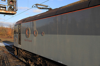 92037 at Birmingham International having just backed onto 1Z65 - 17/12/11.