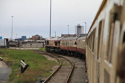 66138 reaches the end of the line at Seaforth on 1Z44 - 14/04/12.