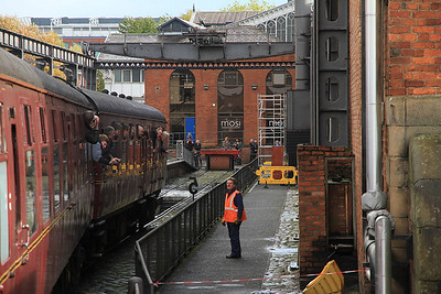 being propelled into the MOSI (Liverpool Rd.) platform  - 03/11/13.