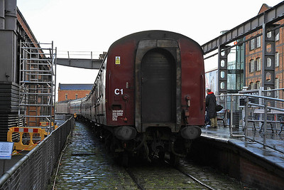 47760, MOSI (Liverpool Rd.) platform after propelling 1Z62 into the platform  - 03/11/13.