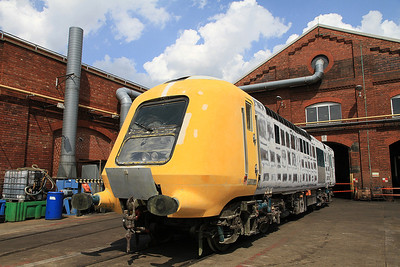 Prototype HST Power Car 41001 (being restored to working order by the Project Miller team), rubbed down for repainting outside NL depot - 13/07/13.