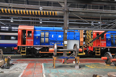 """08950 / 08908 inside the Train Maintenance depot after arrival with the """"The Neville Hill Navigator"""" - 13/07/13."""