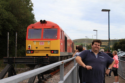 Elvis with 60040 at the buffer stops at Maesteg, 1Z61 - 24/08/14.