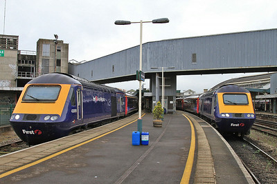 43009 / 43017, Bristol Temple Meads, 5B01 10.44 St. Phillips-Marsh-Landore ECS / 1A14 11.00 to London Paddington - 19/07/14.