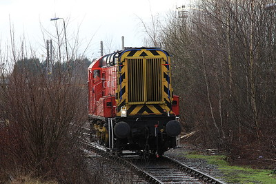 09106, Warrington Arpley Yard, in position to back onto the tour at Latchford - 03/01/15.