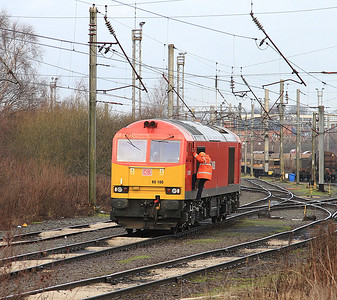 60100, Warrington Arpley Yard, in between coal-train duties - 03/01/15.