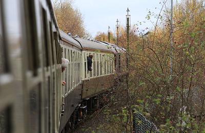 66206 heads back into Glews Hollow, 1Z25 - 14/11/15.
